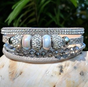 Gray four strand bracelet with beads and magnetic